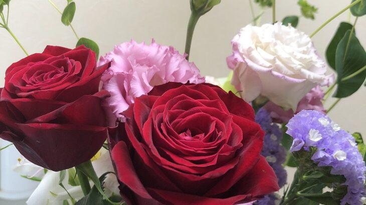 今月もお花が届きました(シン・セシア)